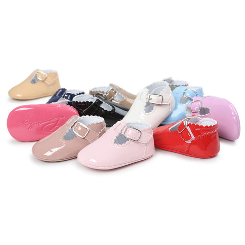 The Essential Spring Crib Shoes