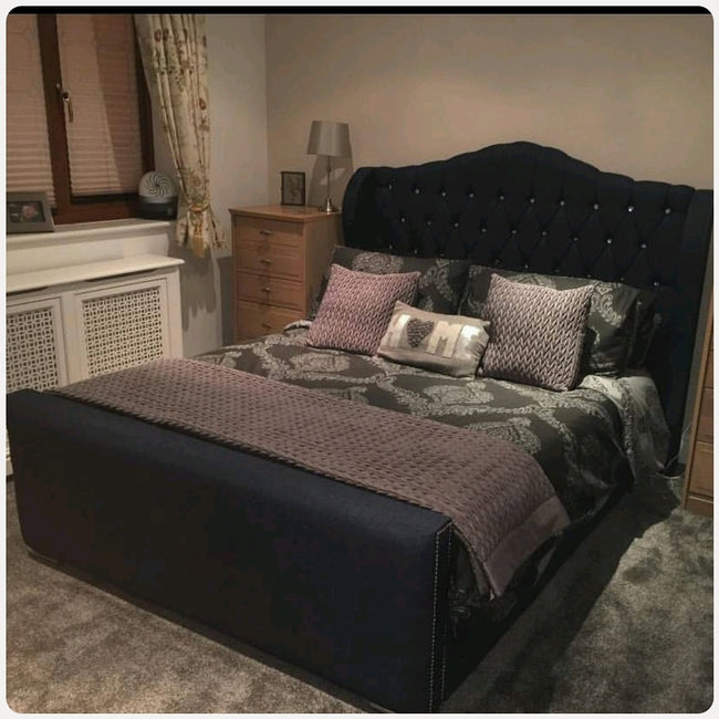 Barclay wing bed