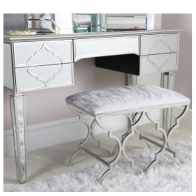 Morocco dressing table in silver