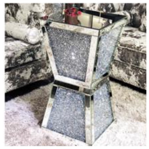 Crushed diamond column stand