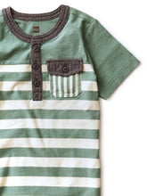 Load image into Gallery viewer, Chambray Striped Pocket Henley