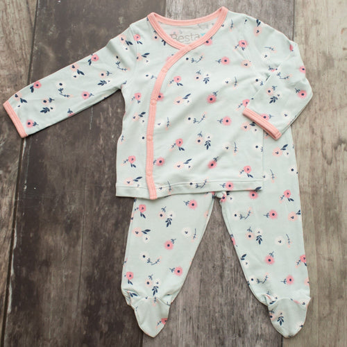 Spring Bloom Take-Home Newborn Set