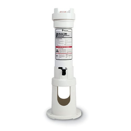 Pentair R171016 Rainbow 300 Automatic Chlorine/Bromine Off-Line Pool and Spa Feeder - K&J Leisure
