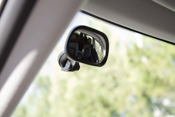 i19 BLIND SPOT MIRROR WITH SUCTION CUP