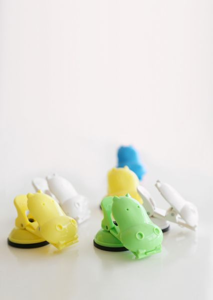 A1 ANIMAL HIPPO SUCTION HOOK [Colour: Yellow]
