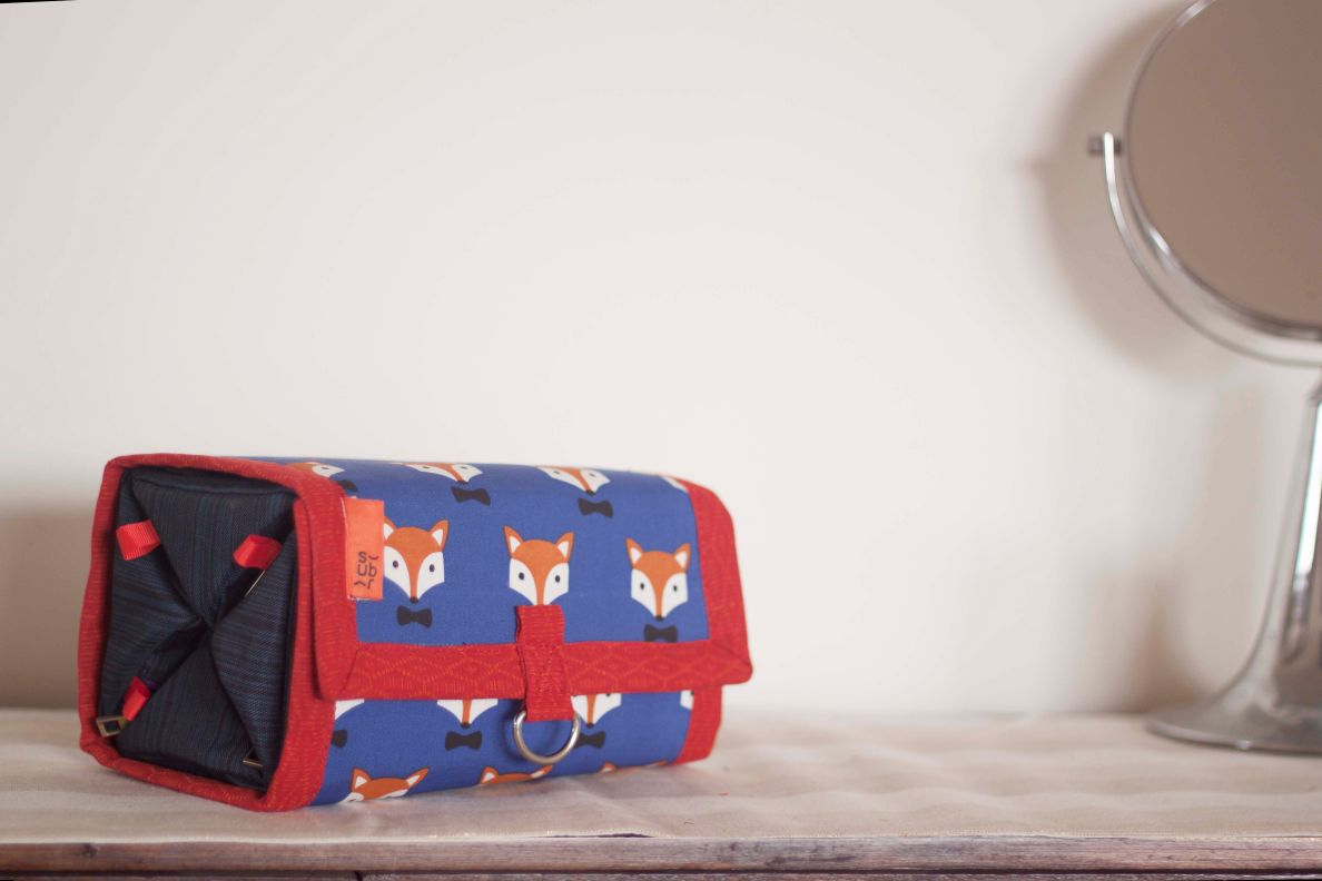 Quick Brown Fox Roll-On Organiser