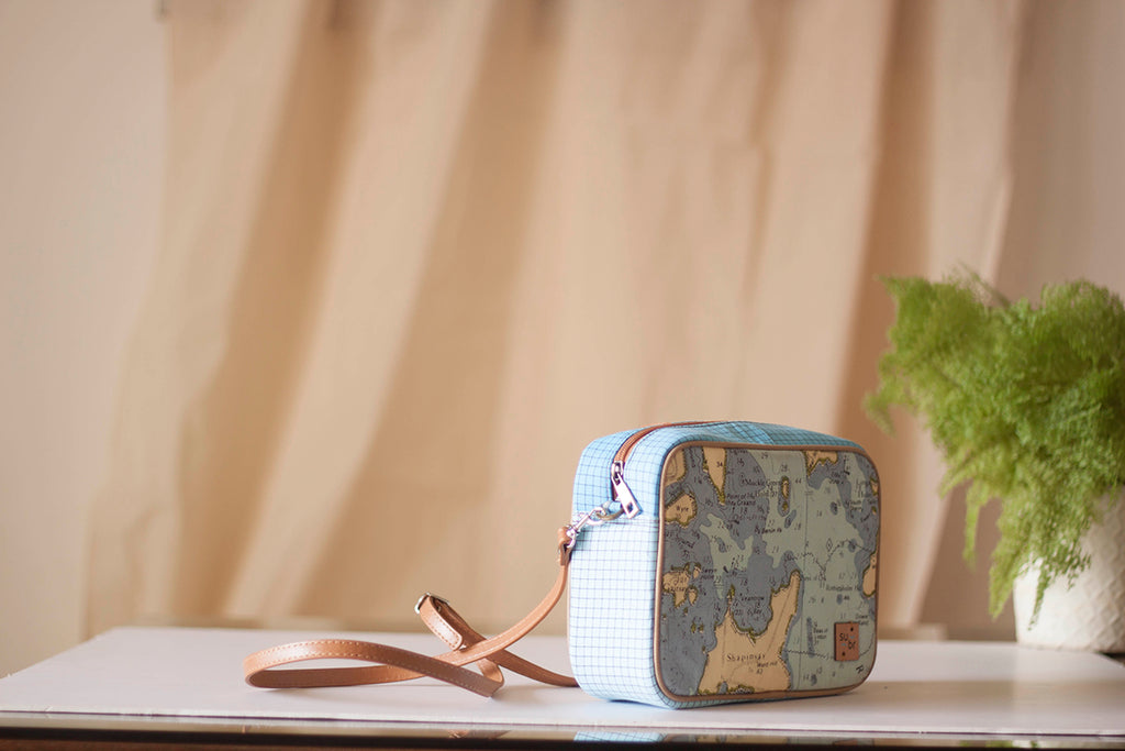Vintage Map Bristow Bag with checkered Accent