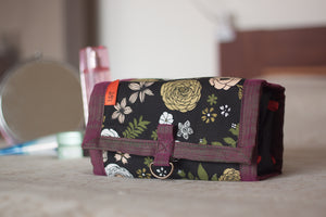 Flowers at Night Roll-On Organiser