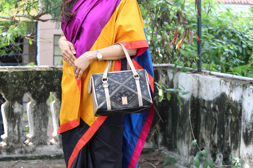 Black and Gold Chittor Road Bag