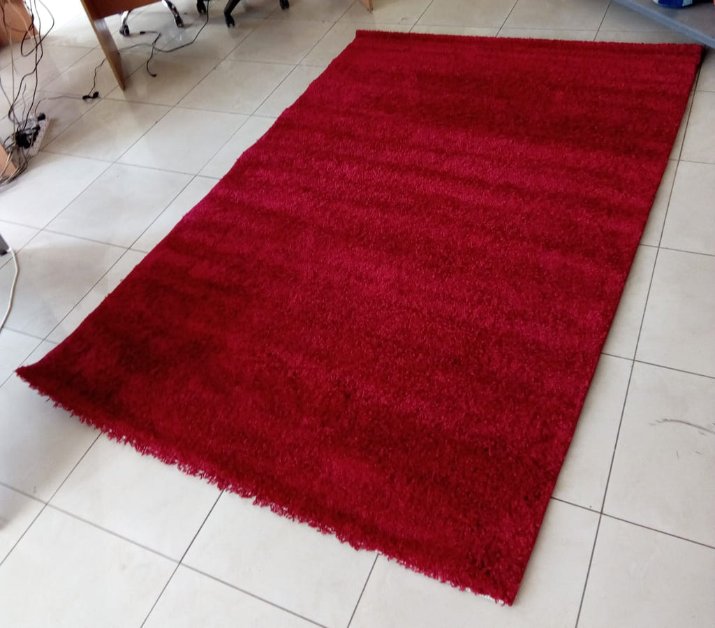 Red Plain Shaggy Carpet