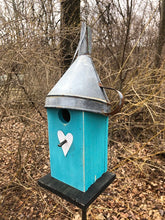 Load image into Gallery viewer, Birdhouse Rusty Funnel Sea Breeze Blue Primitive White Heart