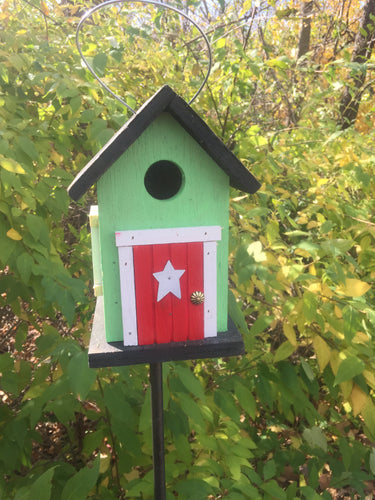 Cozy Green Red Door Birdhouse Country