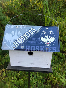 License Plate Birdhouse Connecticut Huskies