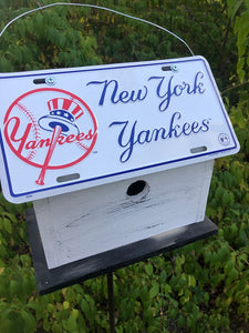 License Plate Birdhouse New York Yankees