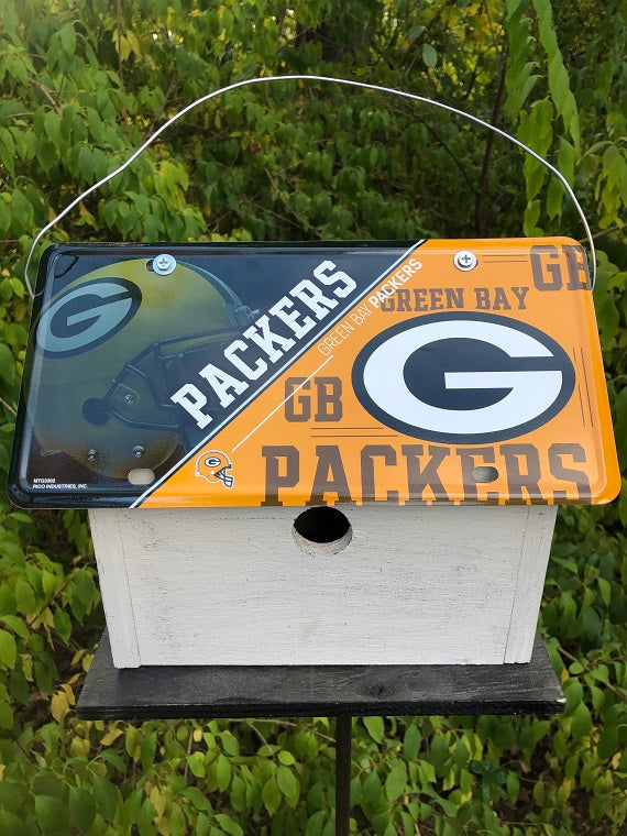 License Plate Birdhouse Green Bay
