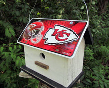 Load image into Gallery viewer, License Plate Birdhouse Kansas City Chiefs