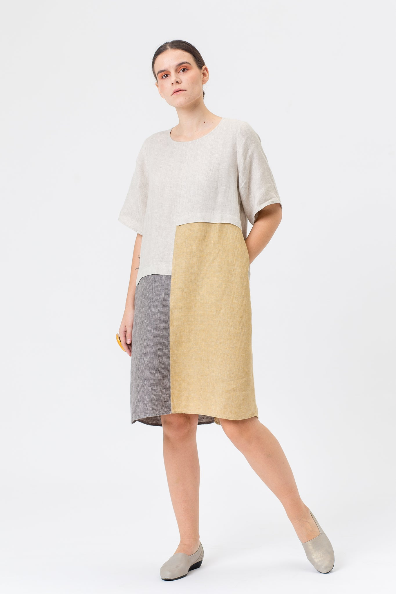 Linen Dress POLĖ gold yellow/beige