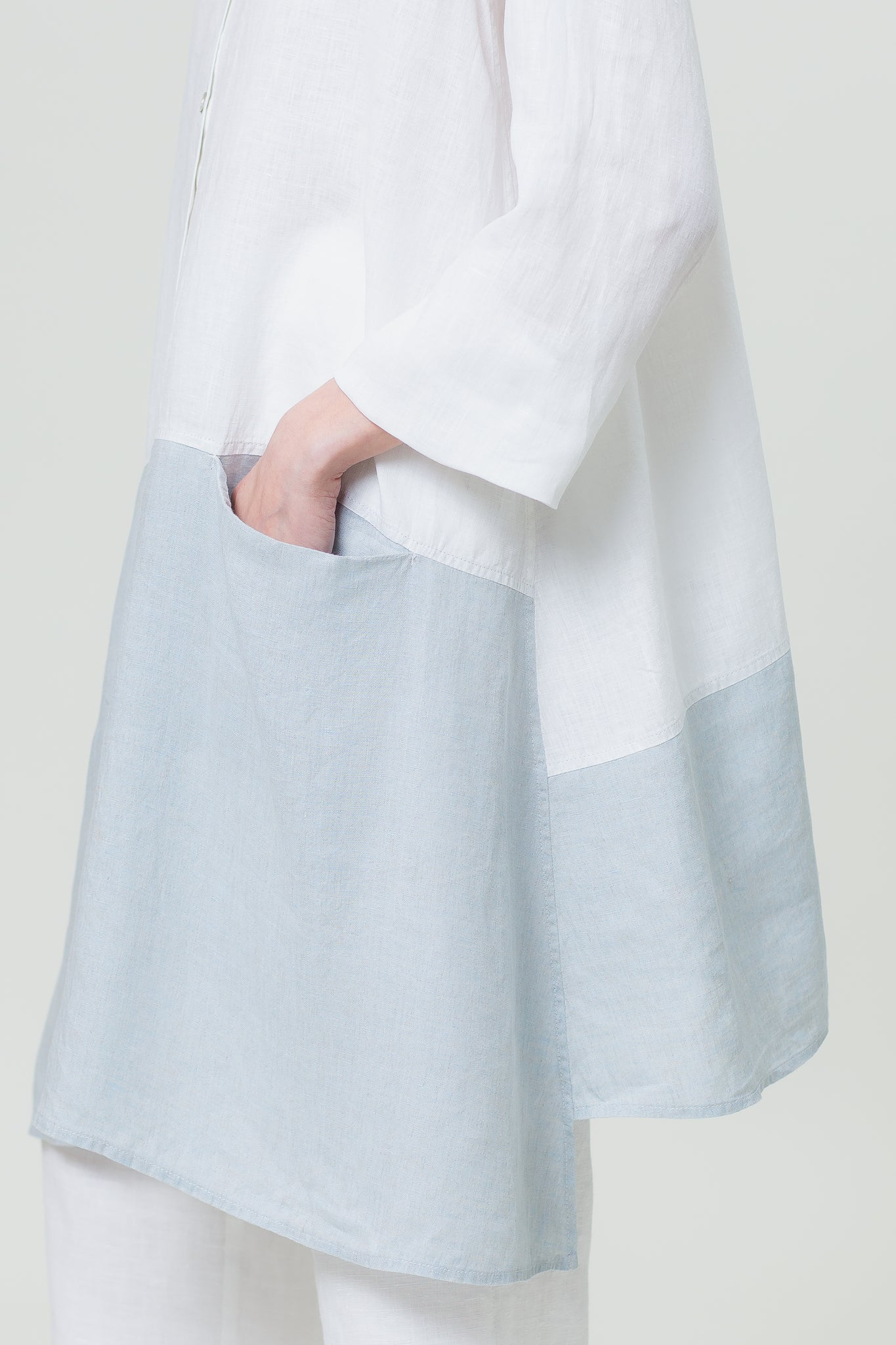 Linen Shirt IEVA white and sky blue