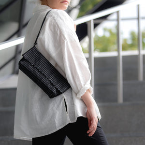 Shoulder bag AUSTĖ No. 27 in choco