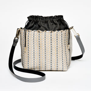 Handwoven Bag AUSTĖ #40 pearl beige leather, linen, reflective