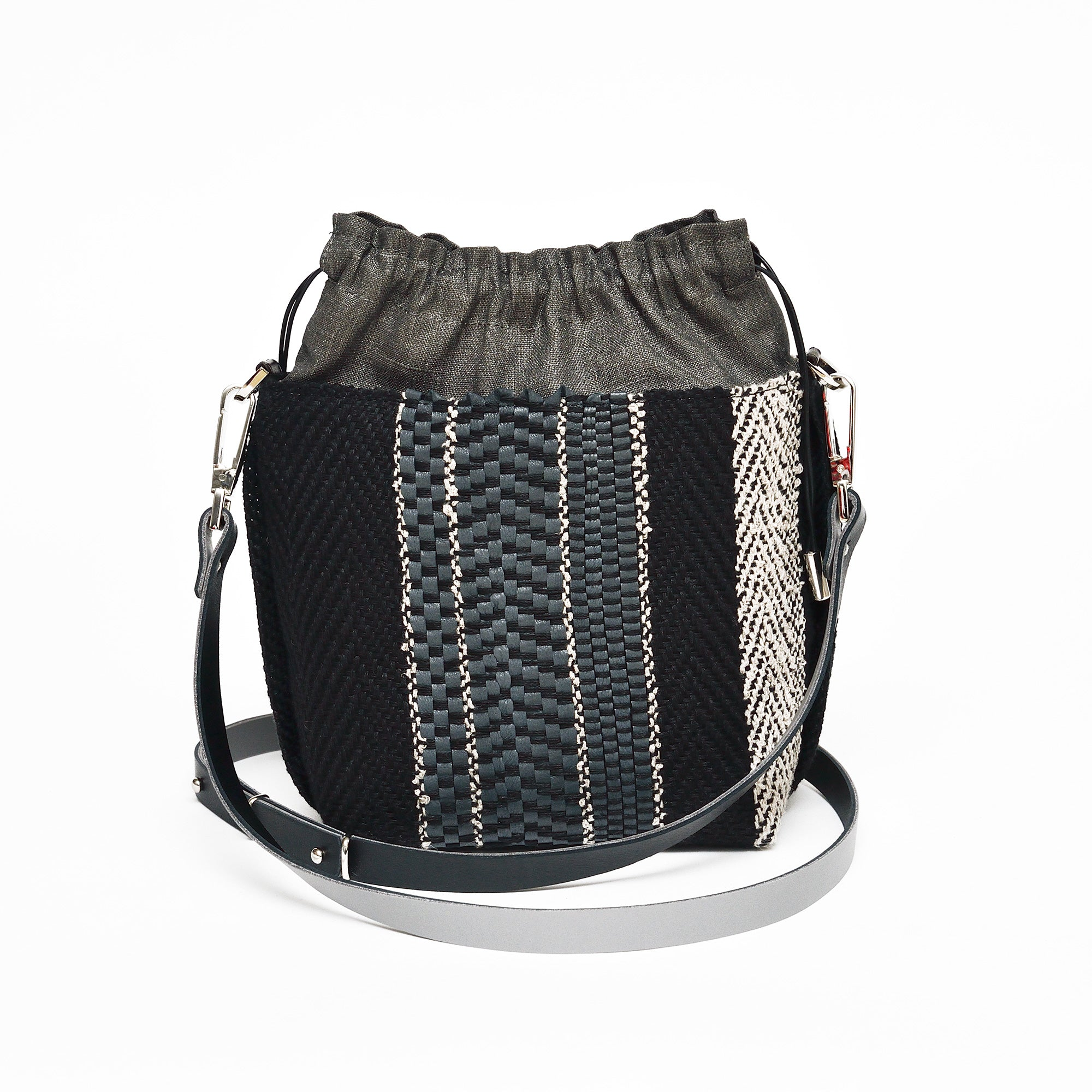 Handwoven Bag AUSTĖ #40 graphite grey leather and linen