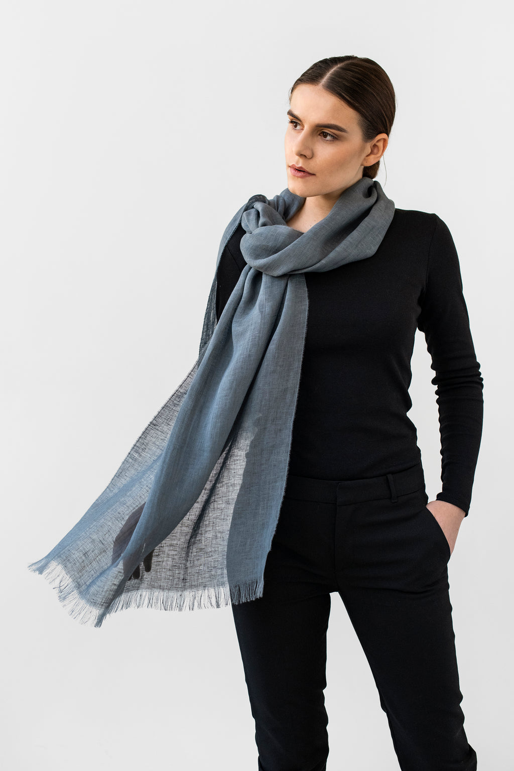 Scarf LUKA in graphite grey