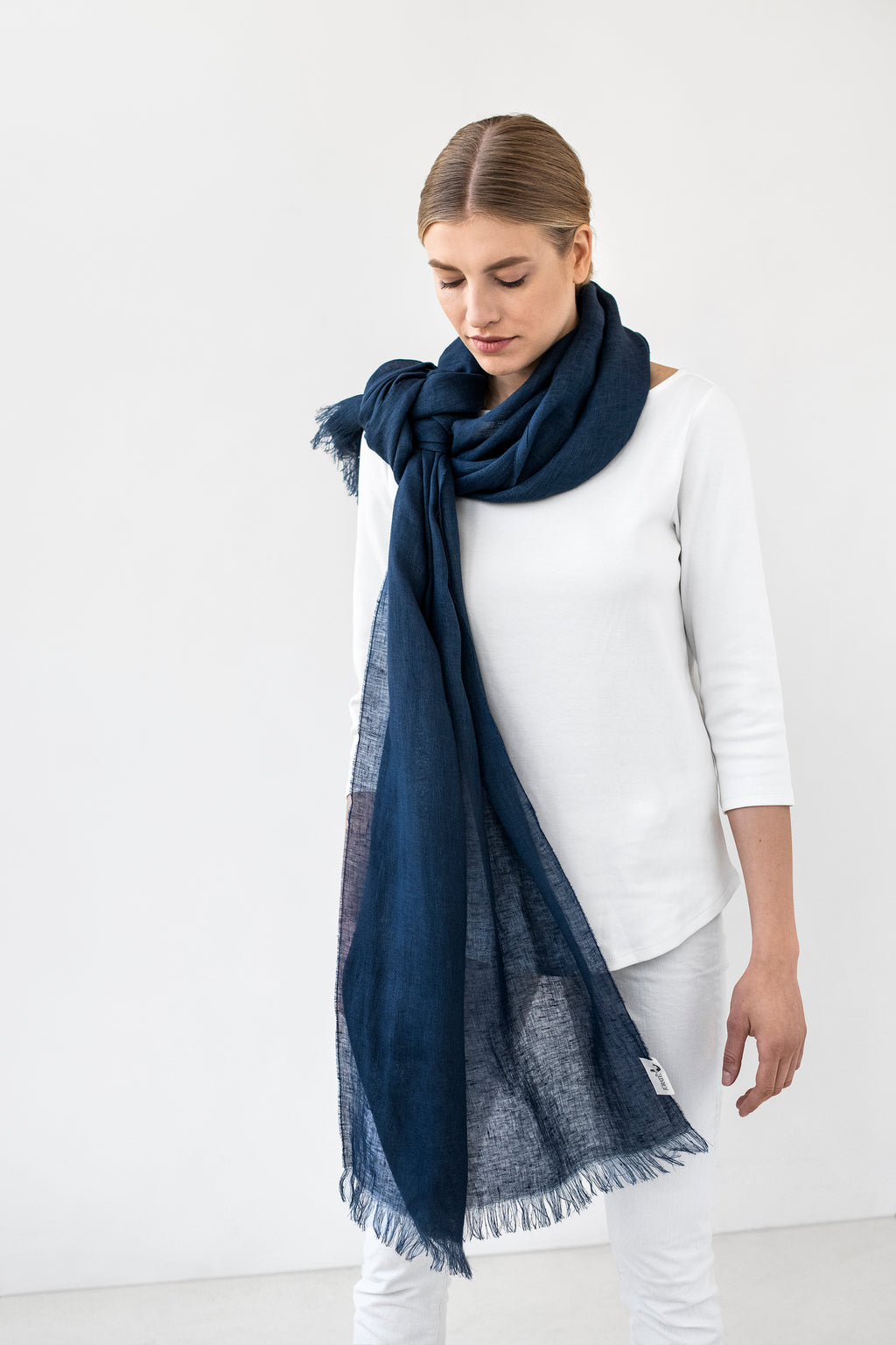 Light Linen Scarf LUKA navy blue