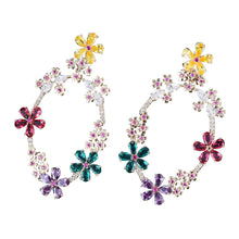 Load image into Gallery viewer, Dore Flower Drop Earrings