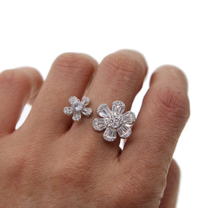 Daisy Cluster Flower Ring