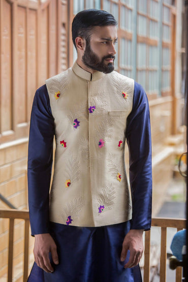 CHAMPAGNE HAND EMBROIDERED BUNDI - Arjun Kilachand
