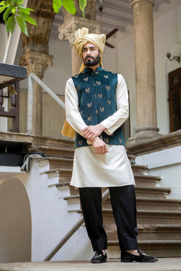 FOREST GREEN HAND EMBROIDERED BUNDI - Arjun Kilachand