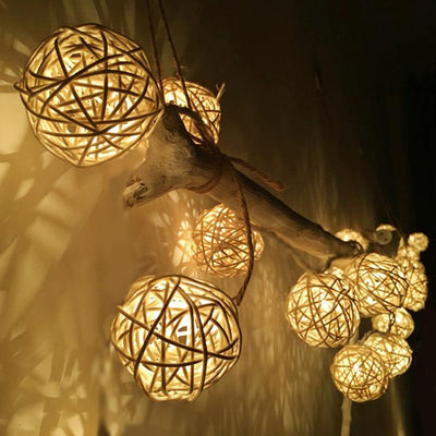 warm white color string light