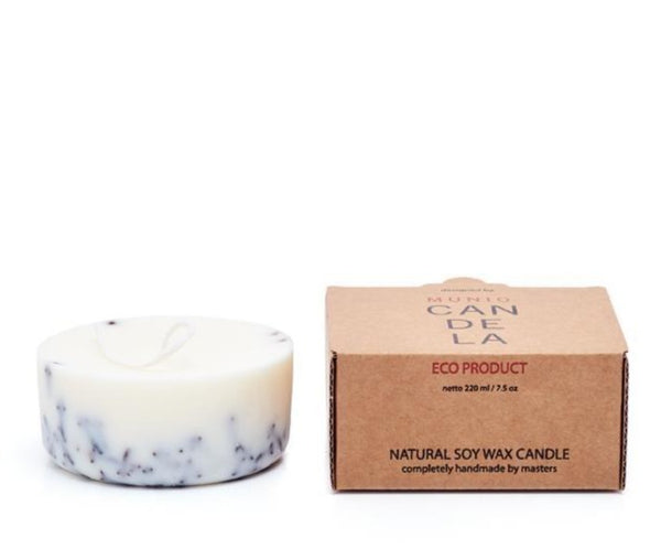 The Munio Soy Wax Mini Candle with Cloves Natural Scents