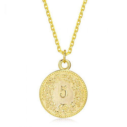 Fresh and minimalist gold coin necklace Arianna by Keep it Peachy now online on Cuemars