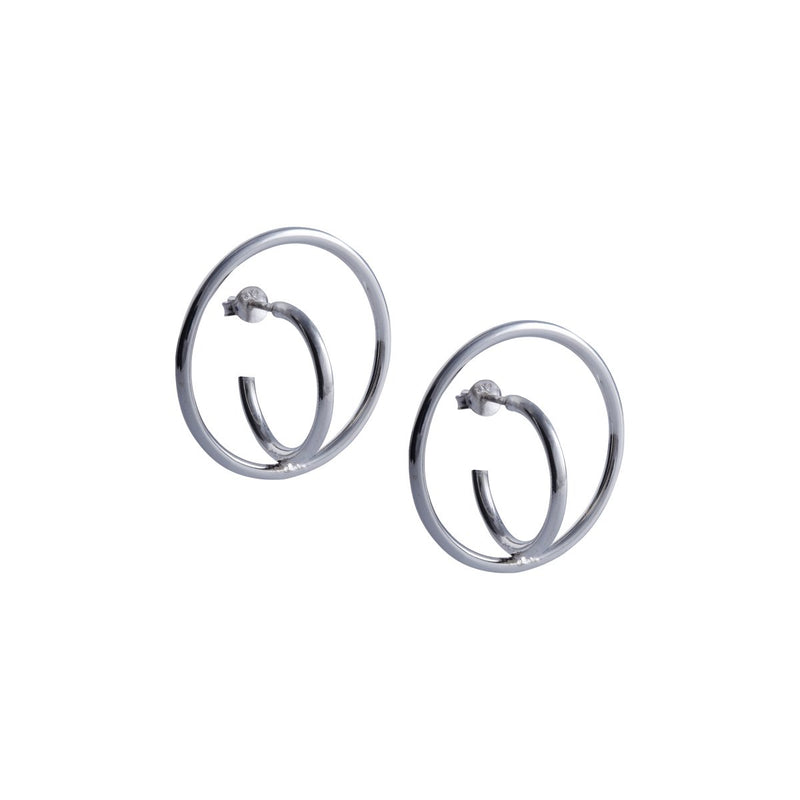 Fresh and minimalist Silver hoop earrings Daisy by Keep it Peachy now online on Cuemars