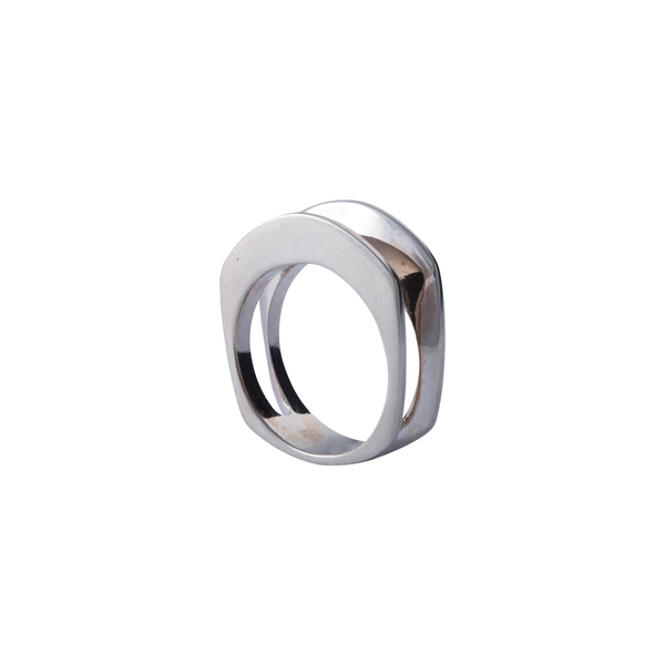 Chelsea Sterling Silver Ring | Keep it Peachy | Discover now at Cuemars