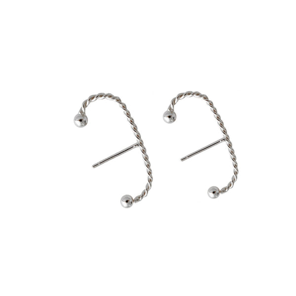 Fresh and minimalist silver earrings Lily by Keep it Peachy now online on Cuemars