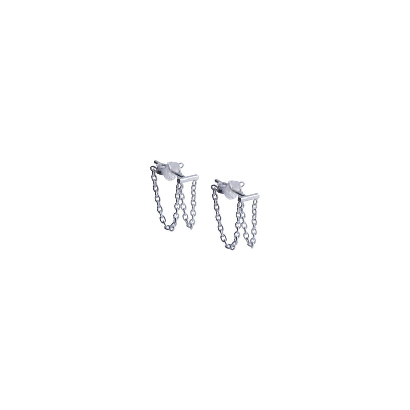 Fresh and minimalist Silver chain earrings Scarlett by Keep it Peachy now online on Cuemars