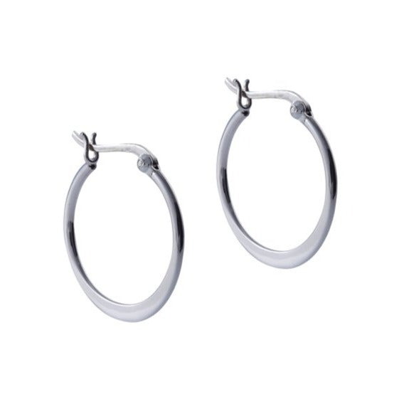 Fresh and minimalist hoop earrings Juno by Keep it Peachy now online on Cuemars