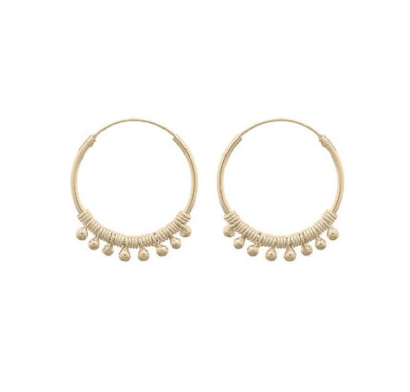 Fresh and minimalist small Hoop earrings Olive by Keep it Peachy now online on Cuemars