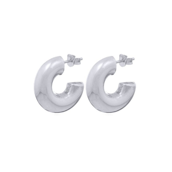 Fresh and minimalist chunky small hoop earrings Vera by Keep it Peachy now online on Cuemars
