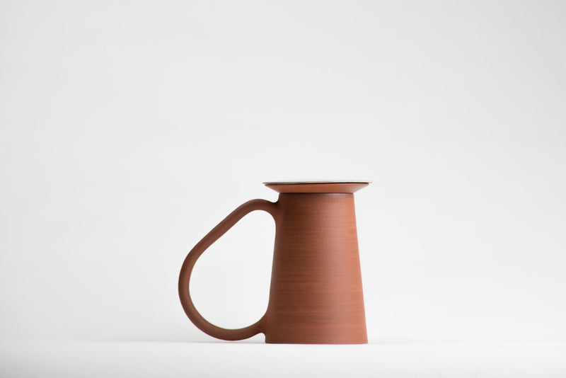 Details of Lea & Nicolas hand thrown tea kit in Canadian red stoneware minimalist ceramics minimalist design