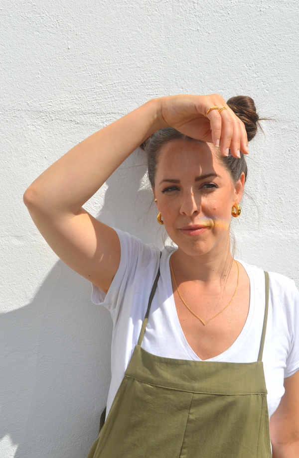 lifestyle picture of Vera, a Fresh and minimalist gold chunky pair of earrings Vera by Keep it Peachy now online on Cuemars