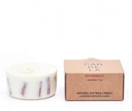 product picture of handmade cinnamon mini soy wax candle by The Munio, available now at cuemars.com