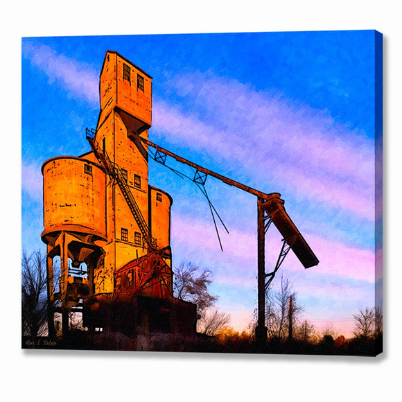 Central Of Georgia Coaling Tower - Macon Canvas Print