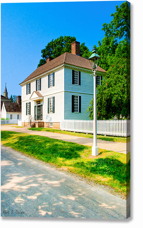 Classic Colonial Home - Williamsburg Canvas Print