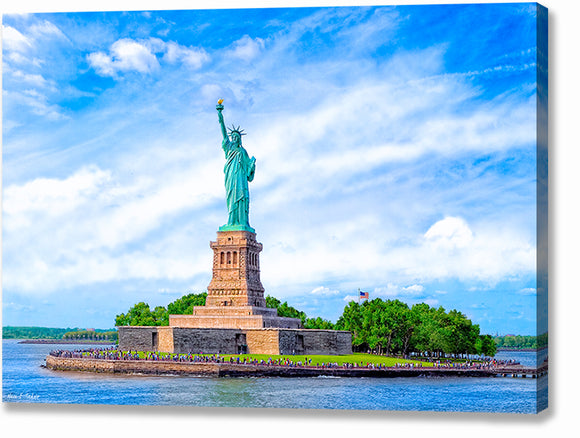 Statue of Liberty - Historic Landmark Canvas Print