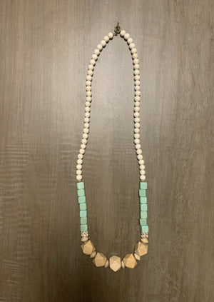 Jillie Green/Ivory Beaded Necklace