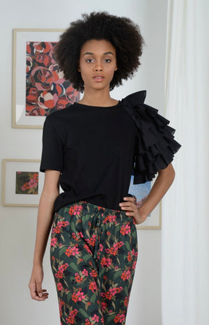 Linden Ruffle Sleeve Top (Black)