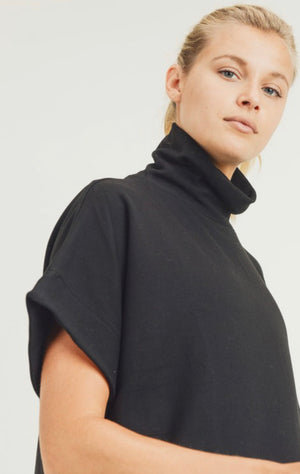 Marisole Turtleneck Pullover (Black)